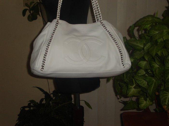 AUTH CHANEL Modern Large White Tote Handbag