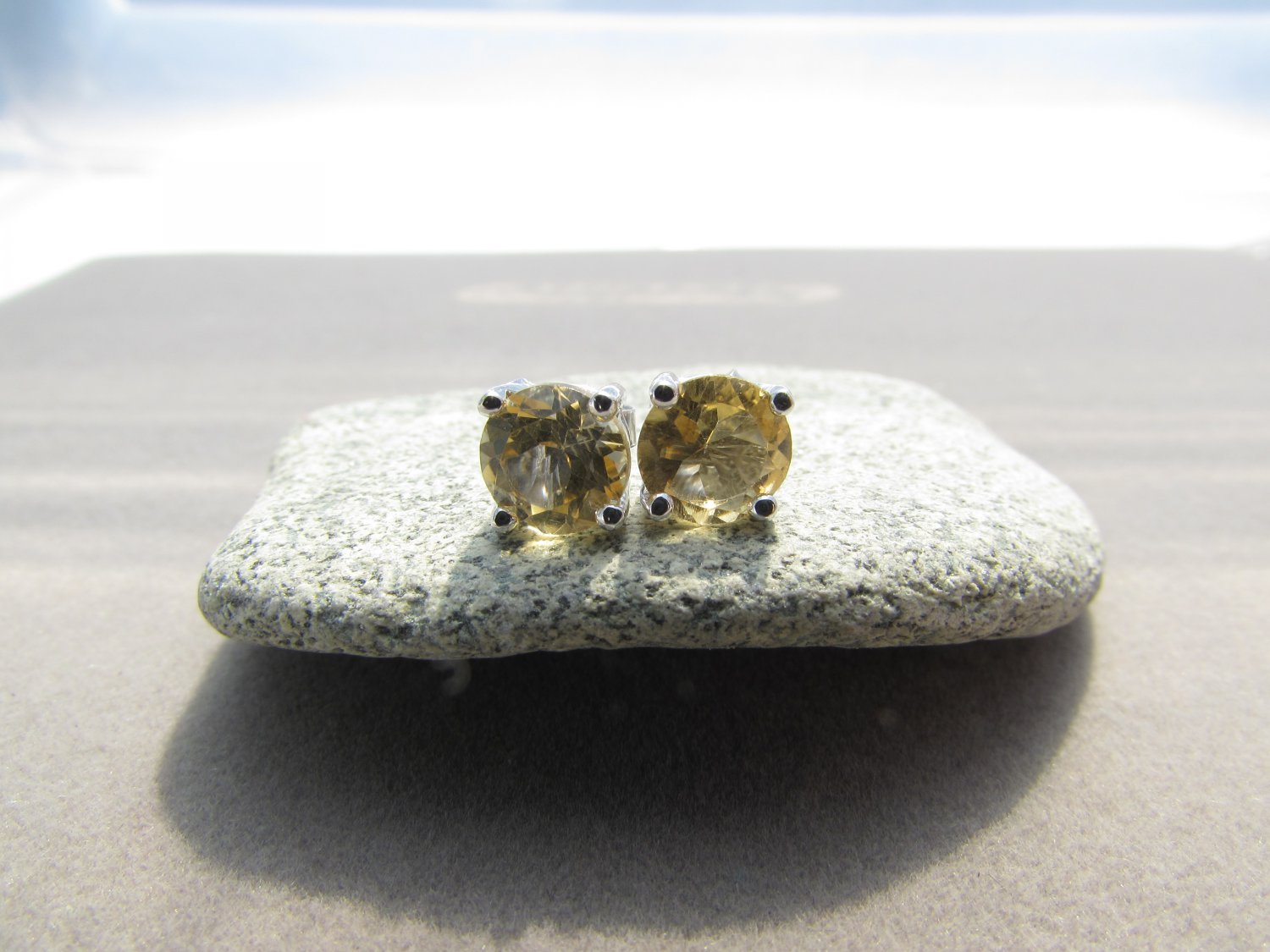 1.50 CT CITRINE 0.925 STERLING SILVER STUD EARRINGS NOVEMBER BIRTHSTONE