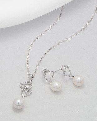 Fresh Water Pearl and CZ Sterling Silver Heart Pendant 18in Necklace and Earring Jewelry Set