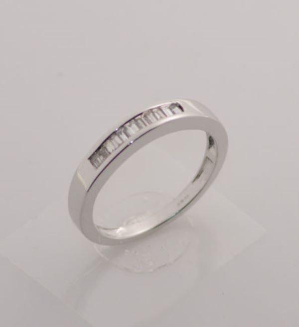 VS 0.25ct Baguette Cut Diamond Half Eternity Wedding Ring,18k White Gold,3.5mm