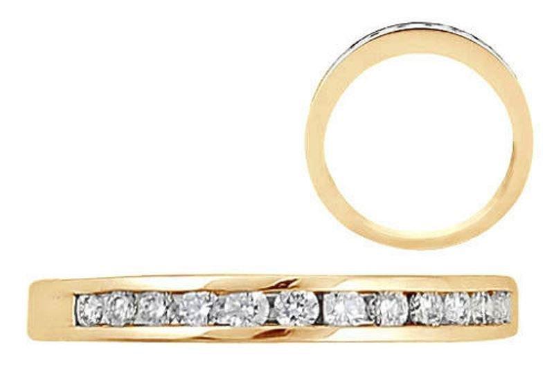 0.20ct DIAMOND HALF ETERNITY RING IN 18K YELLOW GOLD,RING SIZE N½,WIDTH 2.77 mm