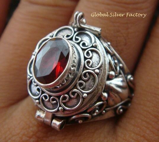 Silver & Garnet Poison Locket Ring LR-548-KT