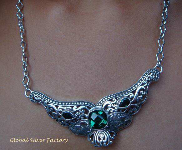 Sterling Silver & Green Quartz Bali Design Necklace NS-123-KT