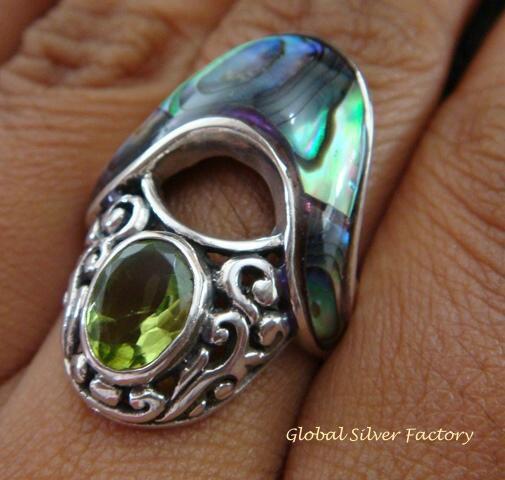 925 Silver Paua Shell & Peridot Ring RI-292-KT