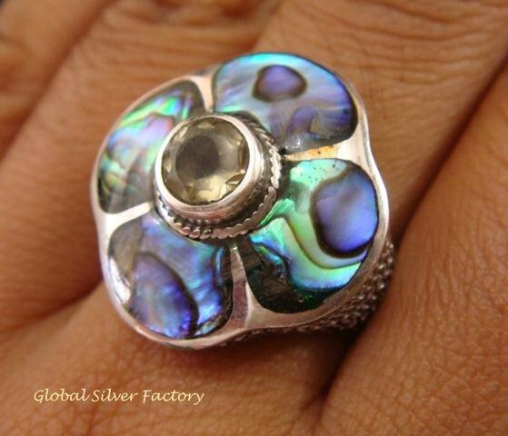 925 Silver Paua Shell & Peridot Ring RI-289-KT
