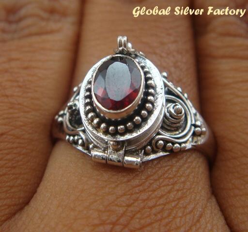 925 Silver Garnet Poison Ring LR-393-KT