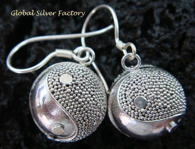 925 Silver & Ying Yang Chime Ball Earrings CBE-138-KT