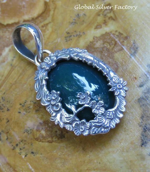 Petite Sterling Silver Green Agate Carved Flower and Vine Design Pendant SP-810-KA