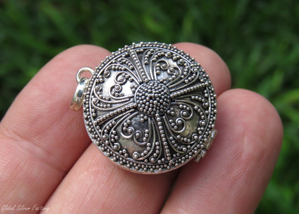 Bali Filigree Silver Locket Keepsake Pendant LP-259
