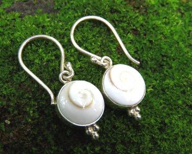 Sterling Silver Eye of Shiva Shell Earrings ER-874