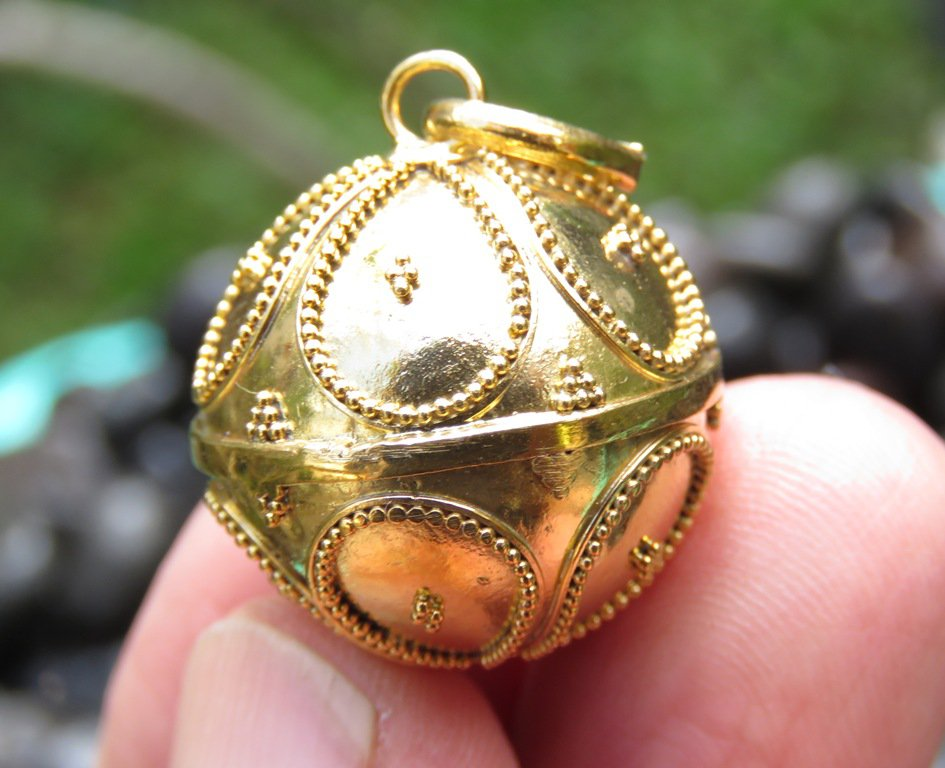 18k Gold Plated 22mm Chime Ball Pendant GBP-108