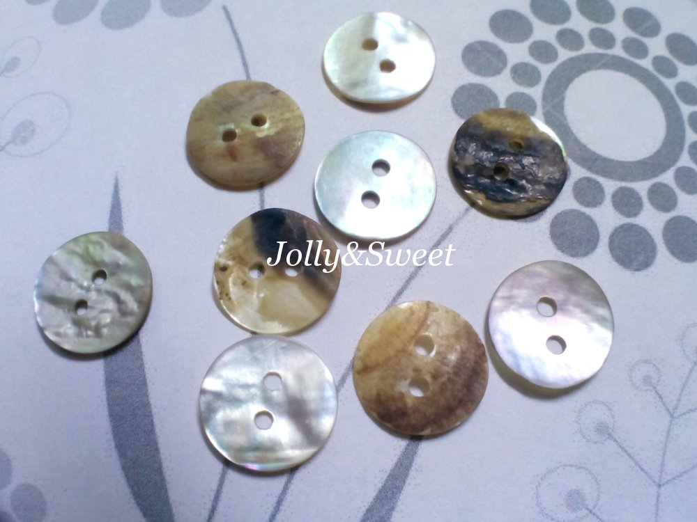 "150 pcs Akoya shell buttons 13mm or 1/2"" 2 holes sewing scrapbooking DIY art craft embellishment"