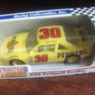 RACING COLLECTABLES #30 MICHAEL WALTRIP PENNZOIL PONTIAC 1/64 SCALE DIECAST