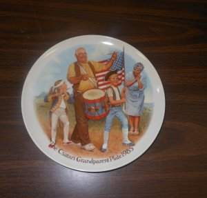 Knowles Csatari Grandparent Plate 1985 The Patriots Parade