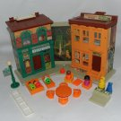 Vintage Fisher Price Little People 938 Sesame Street Family House