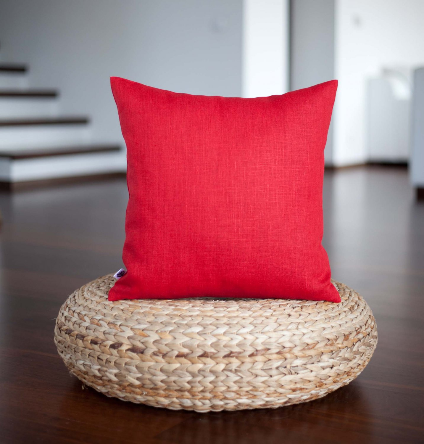 Red linen pillow cover in size 16x16