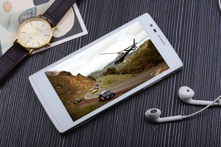"""4G phone 5"""" eight core mobile 2GHz Android4.4.4 MTK6592"""
