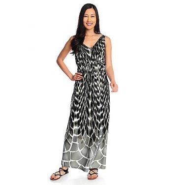 Black and White Sleeveless V Neck Maxi Dress, Small