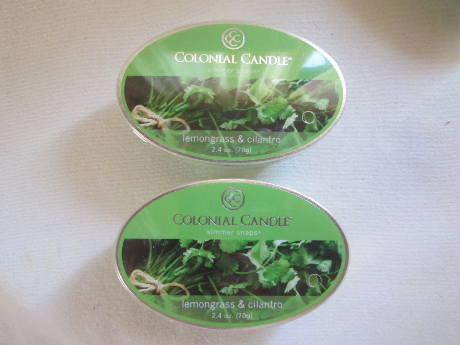 "2 Colonial Candle Simmer Snaps""LEMONGRASS & CILANTRO"" 2.4 oz wax melts/ tarts"