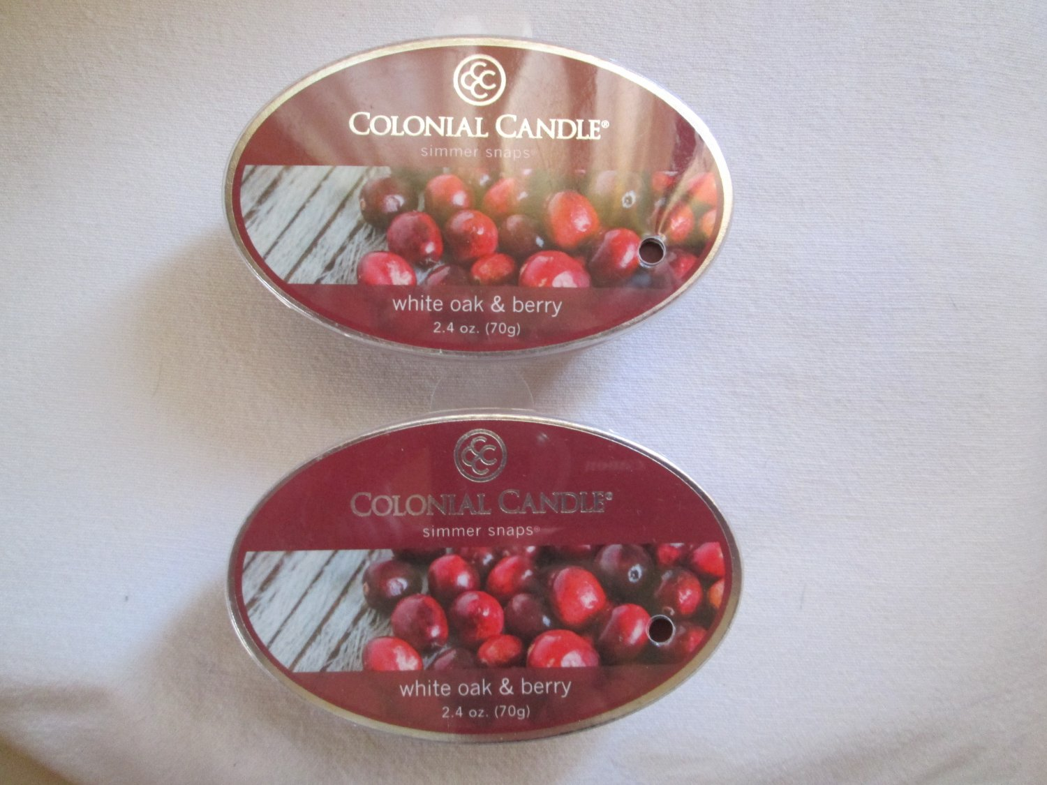 """2 Colonial Candle Simmer Snaps""""WHITE OAK & BERRY"""" 2.4 oz wax melts/ tarts"""