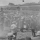 New 5x7 Civil War Photo: Veterans Exit Trains for 50th Year Gettysburg Reunion
