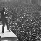 New 5x7 World War I Photo: Movie Star Douglas Fairbanks Helps the War Effort