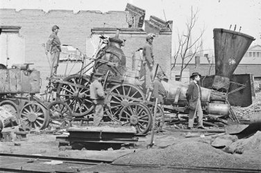 New 5x7 Civil War Photo: Crippled Locomotive at Richmond & Petersburg Railroad