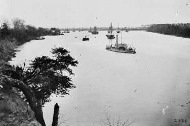 New 5x7 Civil War Photo: Ships on the James River at Varina Landing
