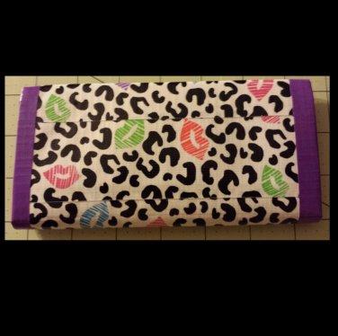 Duct tape women's wallet Leopard kiss