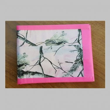 Duct tape bi-fold wallet Pink camo