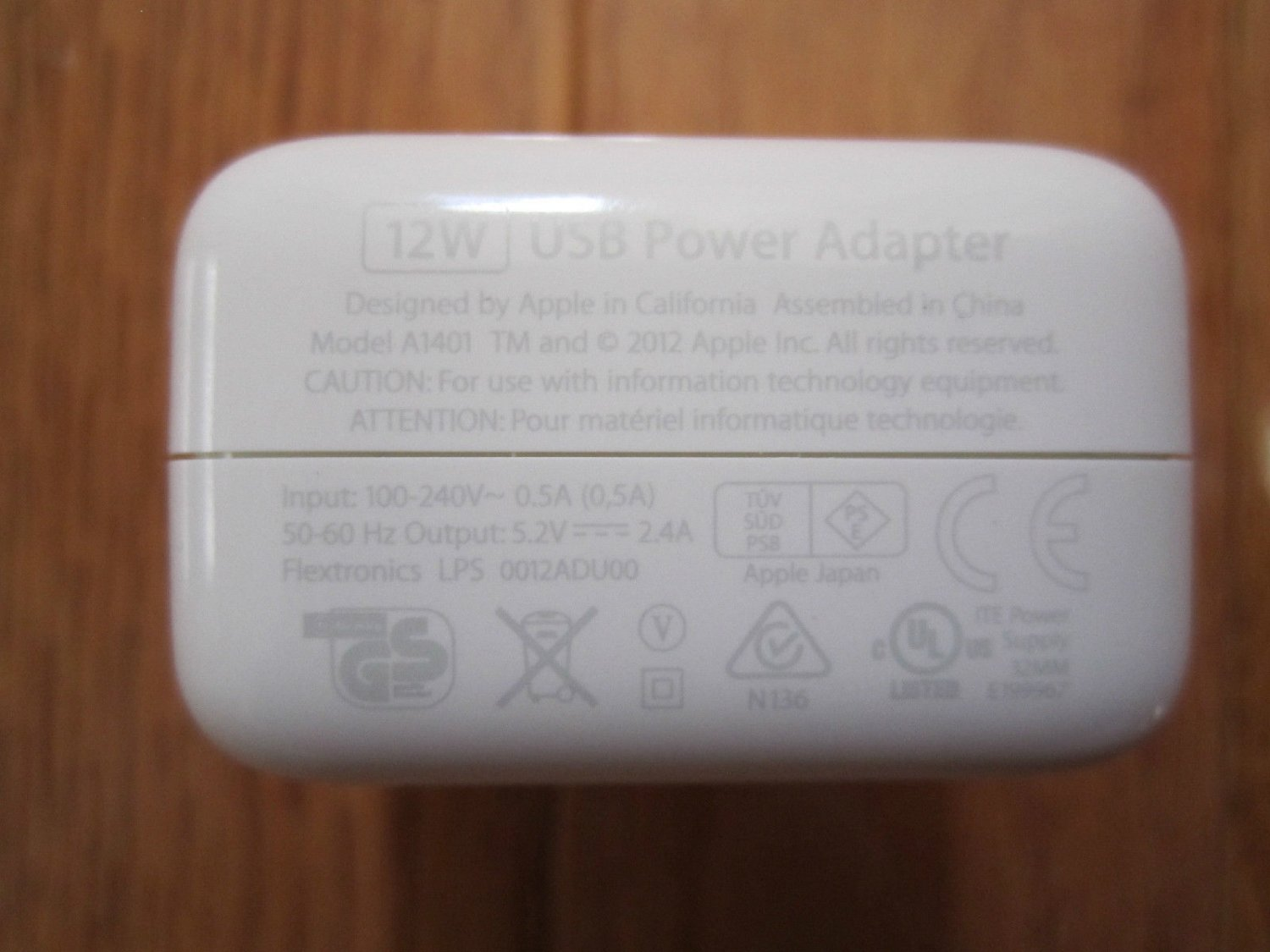 OEM Apple MD836LL/A 12W USB Power Adapter Wall Charger for iPad 1/2/3/air/air 2
