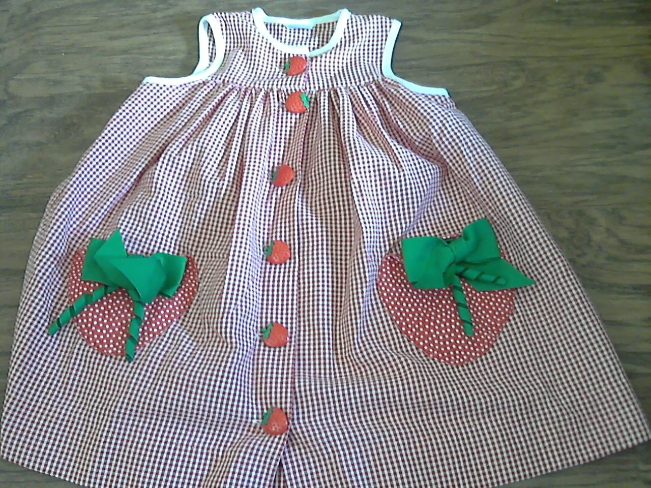 Toddler girl's red and white plaids sleeveless dress 3T