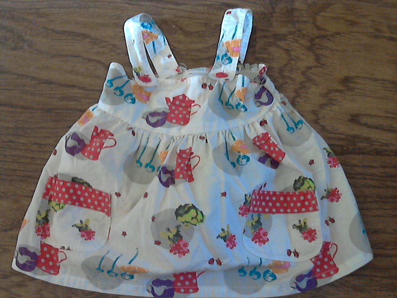 Wonder Kids girl's white sleeveless top size 4T