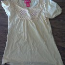 Small (7-8) girl's yellow short sleeve top