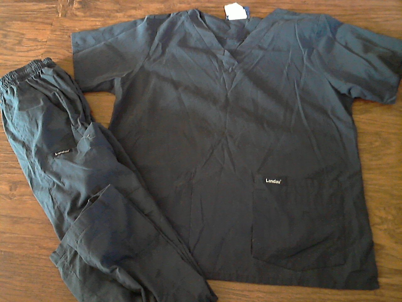 Landau woman's navy short sleeve scrub size Medium