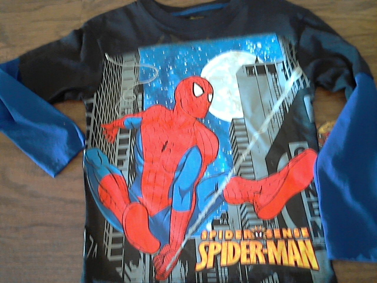 Spiderman boy's black long sleeve shirt size 7