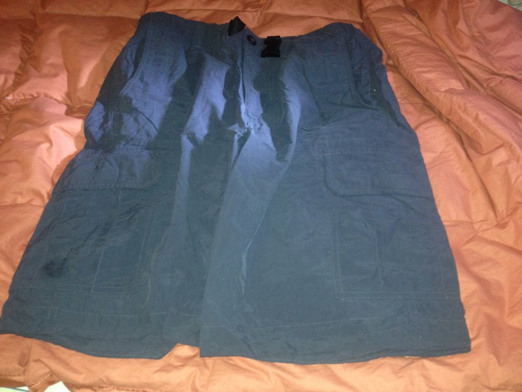 Uniqlo black shorts size 30x33