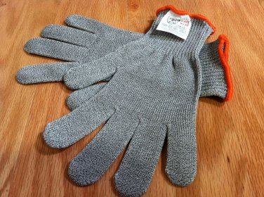 TWO MAXX WEAR CUT RESISTANT GLOVES- CR-10 Spectra/Stainless Steel Blend, SMALL