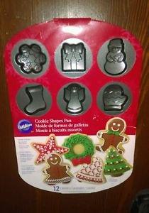 Wilton Christmas Cookie Shapes Pan, Non Stick, 12 Different Designs, EUC