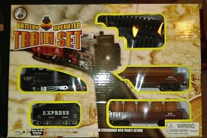 Battery Operated Train Set Sounds Lights 14 Pieces of Track . Highly Detailed.