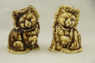 Pair Brown Ceramic Cats with Bonnets Adorable Collectibles