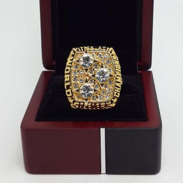 1978 Pittsburgh Steelers super bowl championship ring size 11 US with wooden box