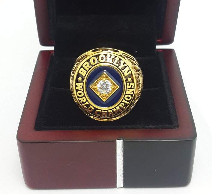 1955 Brooklyn Dodgers Baseball championship ring MLB ring size 9-13 US with wooden box