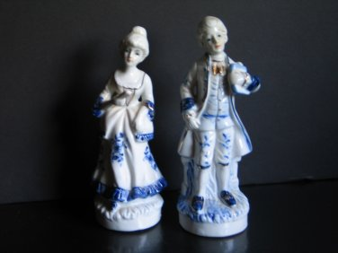 Vintage Colonial Figurines White with Cobalt Blue