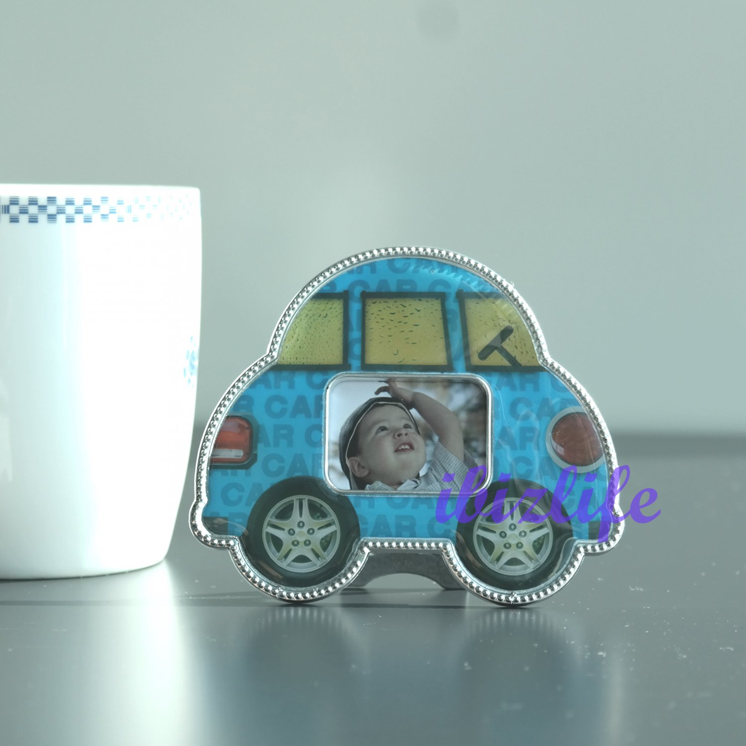 "Cute Lovely Mini Car Plastic Photo Picture Frame with opening 1"" x 1-1/2"" PF10"