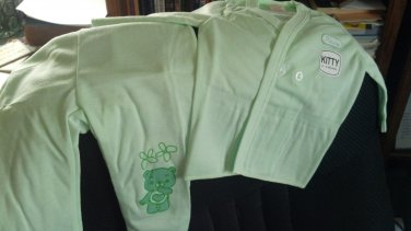 """Kitty"" Infant pajamas with footies, Green, two piece, long sleeves. Size: 6-9 Months"