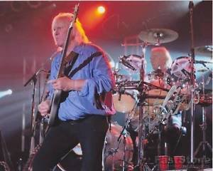CHRIS SQUIRE YES Original Autographed  Signed  8x10 Photo Picture w/COA