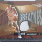 2003-04 Fleer Patchworks YAO MING Court Greatness Jersey Patch Card CG-YM #/150