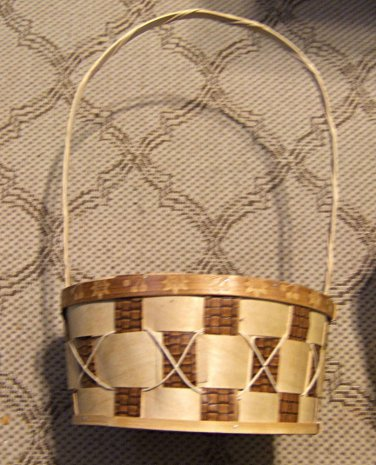 Check Basket with Tall Handle & Decorated Upper Edge
