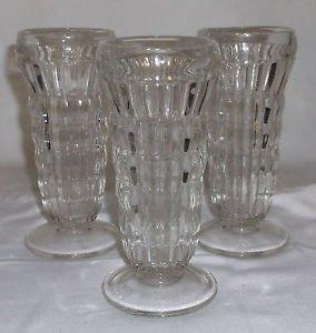 """Three Vintage Glass Footed Parfait / Dessert Glasses 5.5"""" EUC"""